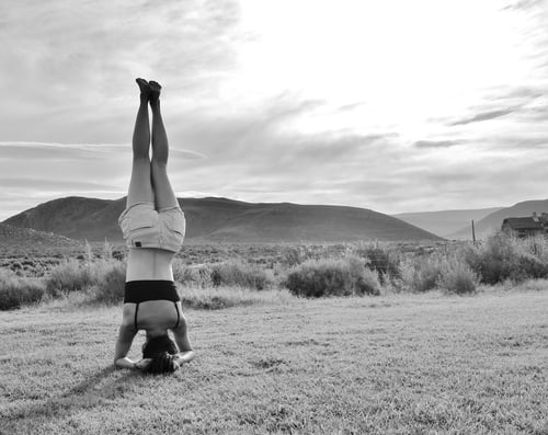 Headstand in South Africa Safari Park Aquilla | Yoga all over the world| Asian Female Traveller | Adventure/ Outdoors