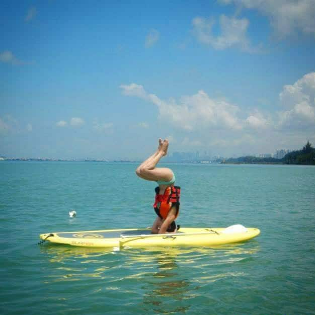 Yoga all over the world| Stand up paddle board in Singapore | Asian Female Traveller | Adventure/ Outdoors