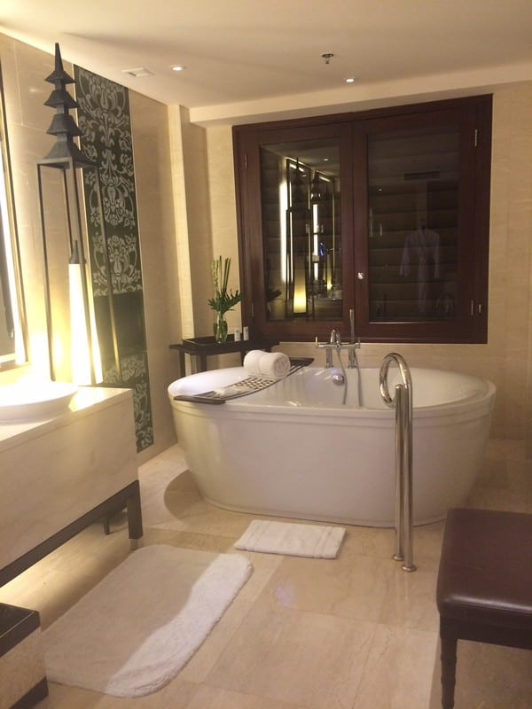 Big spacious bathroom with a huge bathtub - LydiaScapes