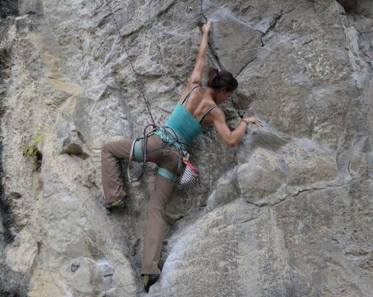 rock climbing girls doing outdoor routes