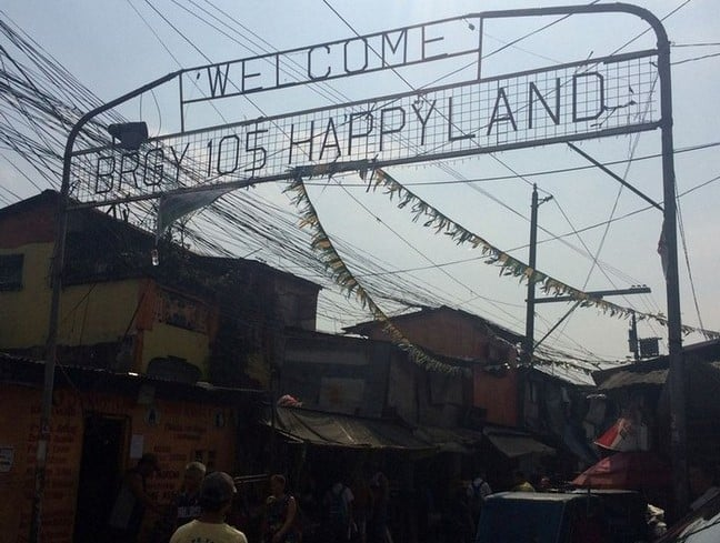 Entering Happy land Tondo in Philippines | Slums in Manila