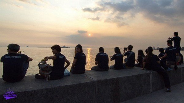 Sunsets and mediation at Manila City