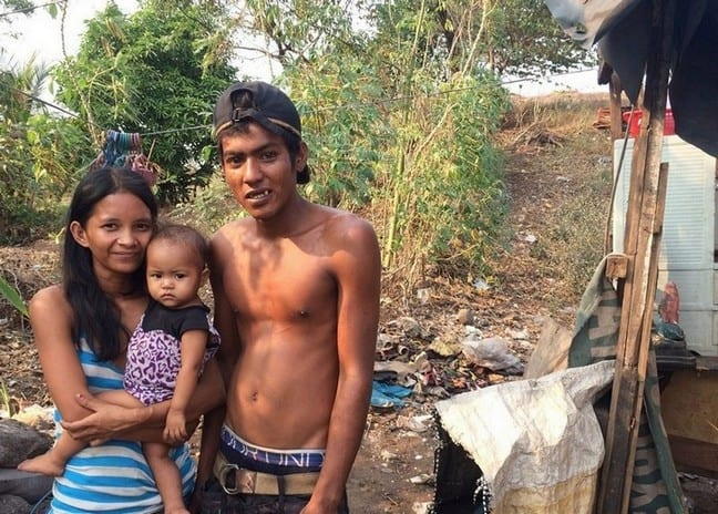 Young family not more than 25 staying in a shack | How serious is the state of homelessness in the Philippines