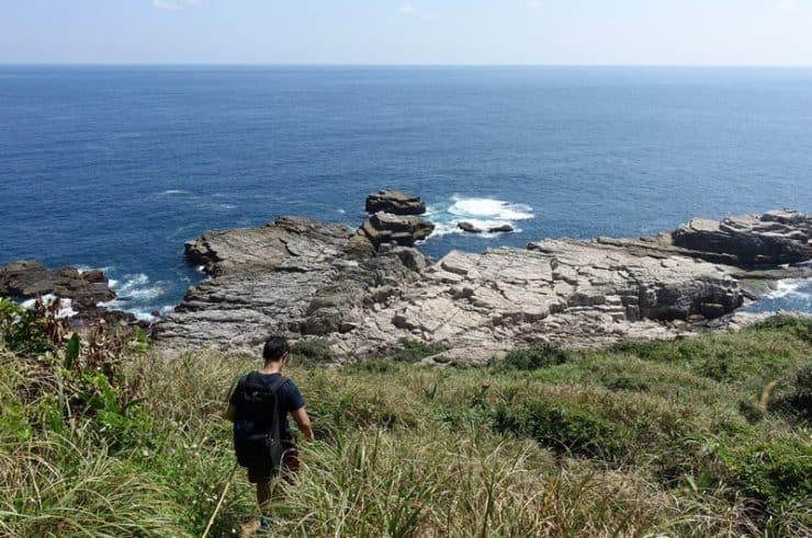 Downhill to the rock climbing zones in Longdong Taiwan | Rock climbing in Asia