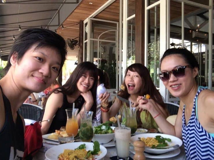 Having an amazing brunch at Petitenget Bali   Affordable popular brunch cafes in Bali