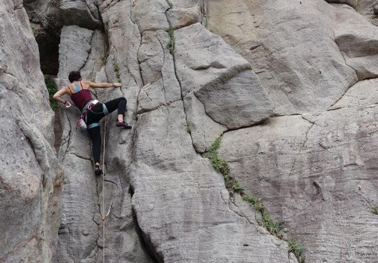 outdoor rock climbing in asia | trad climbing
