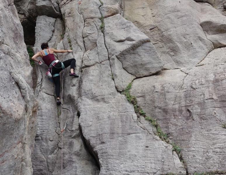 outdoor rock climbing in asia | trad climbing