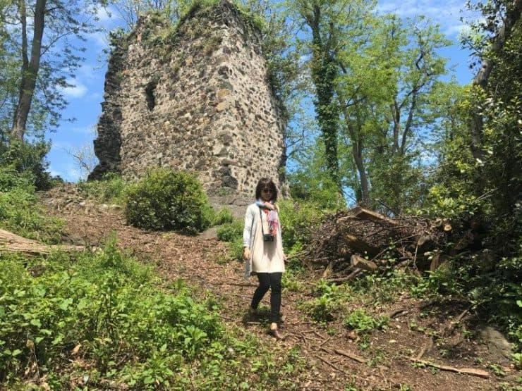 Exploring the old monestary ruins on the cosy little island at Giresun