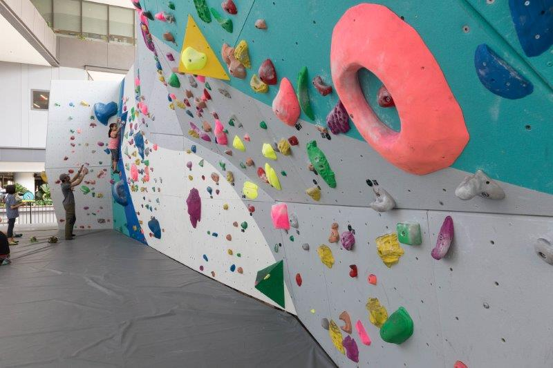 The Rock School Boulder Wall - Cosy Boulder Gym in the East of Singapore | The Rock School Tampines Hub