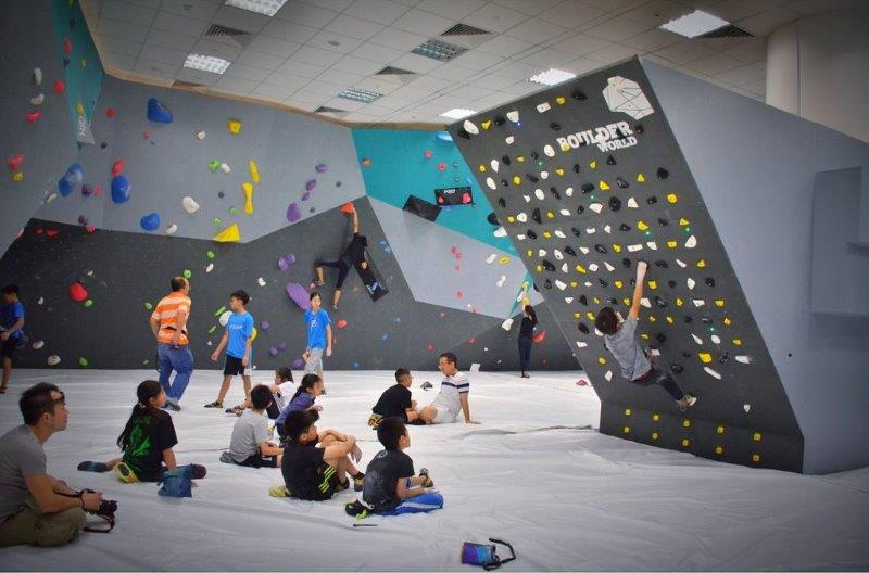 Get a good weekday and weekend workout at Boulder World Singapore