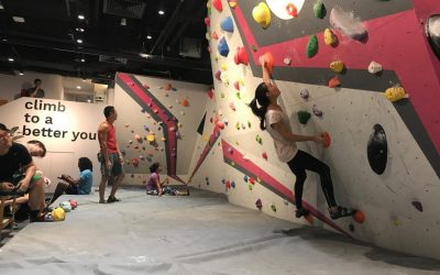 Boulderers bouldering in singapore top boulder gym. top 9 bouldering gyms in singapore - Boulder movement is one of the newest kid in town.