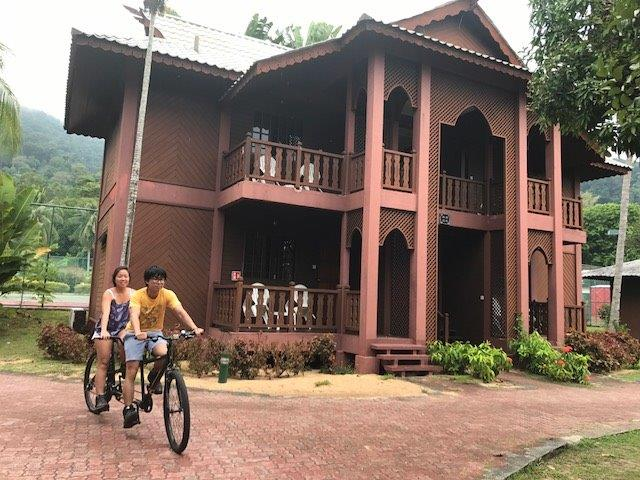 Relaxing cycling around the resort