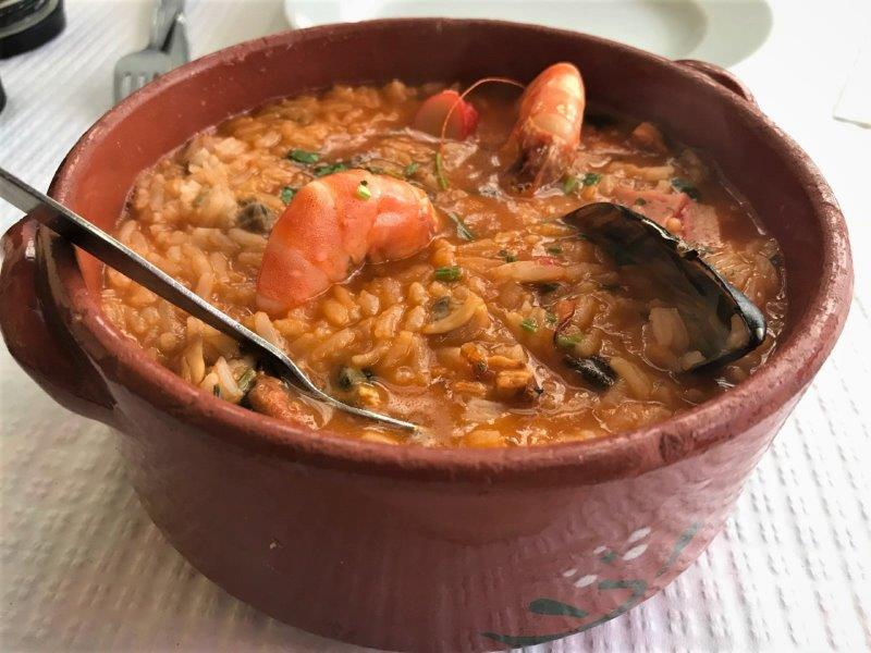 Best seafood restaurant in Lisbon? Popualr dish on the menu - Shellfish Rice. Tasty, rich and flavourful.