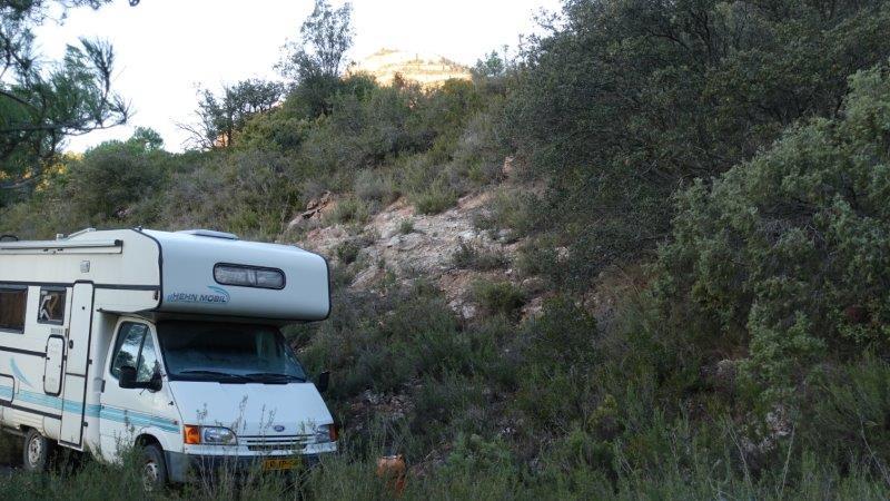 Campervaning overnight in Siurana Wilderness with Climbing Siurana | Cornudella de Montsant