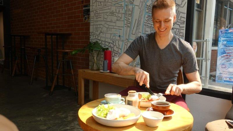 Cez enjoying his hearty breakfast at Case Study Asoke | Bangkok Bed and Breakast Place