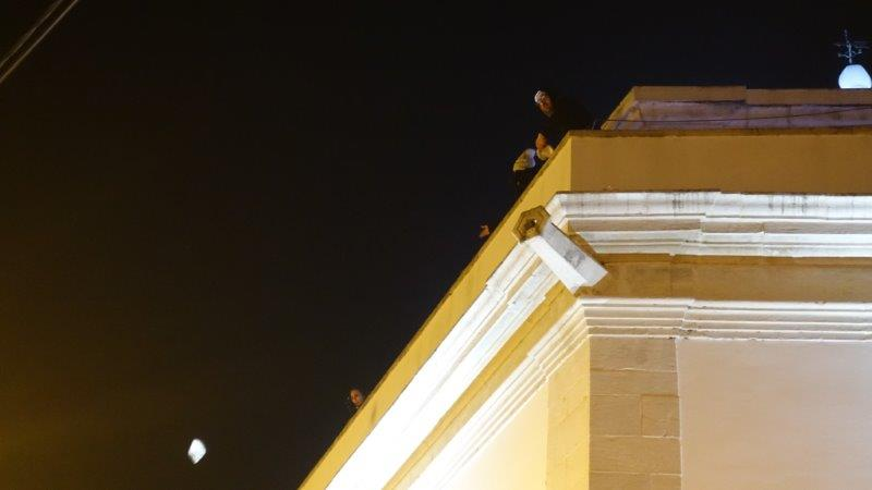 Throwing of the cake from the top of the cathedral | Dia de Reis Festival