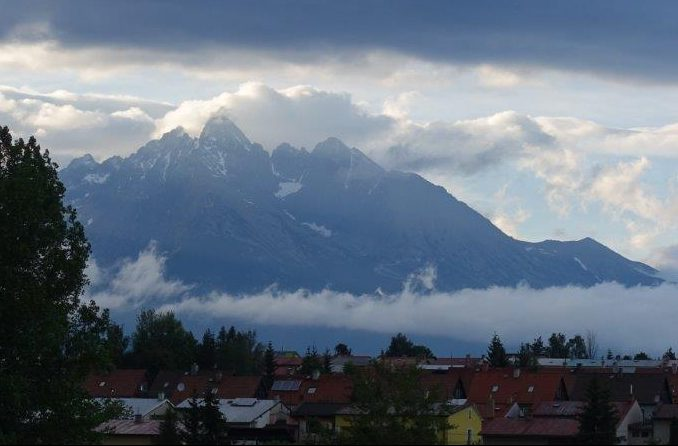 After the cloud cleared, we could finally see the stunning High Tatras Mountains