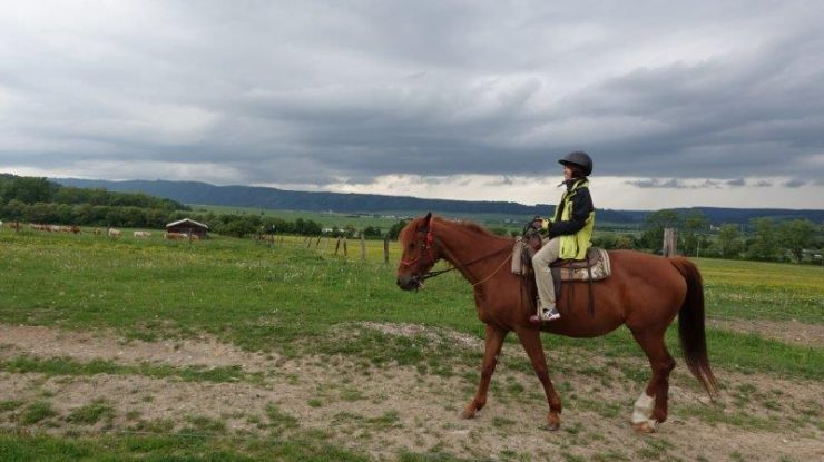 Relaxing 1 hour Horse Riding and Trekking in Slovak Paradise National Park | Spis Region