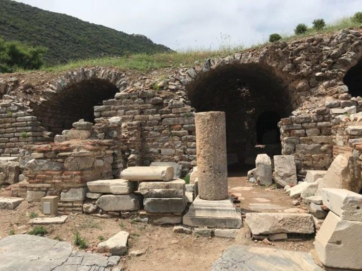 Some of the housing areas in the ancient city of Ephesus | The life of the Ephesians