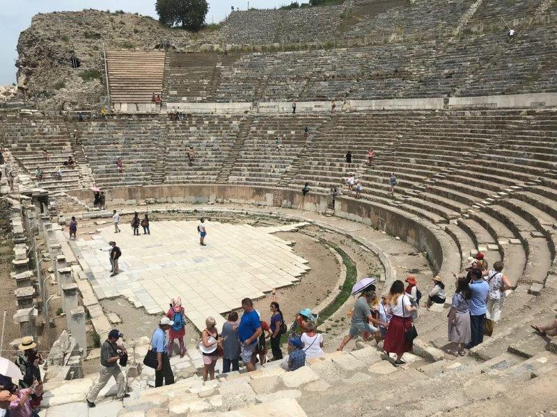 Beholding The Odeon, one of the many marvels in Ephesus Ancient City. We also saw a lot of the other sights like Library of Celsius, Grand Theatre, Temple of Hadrian and Roman Bath.
