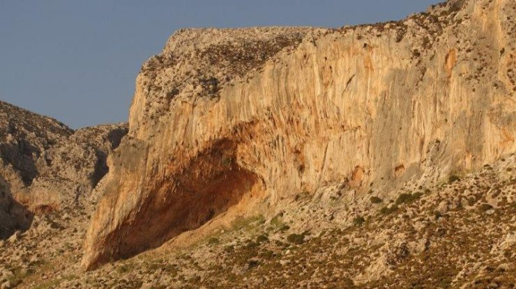 Kalymnos Climbing Crack | Kalymnos Climbing