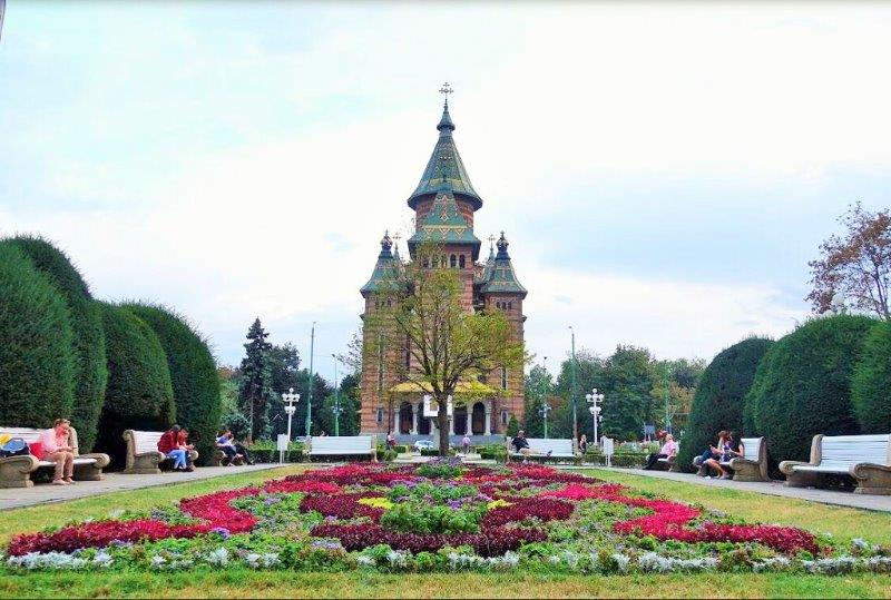 Marvel at the beauty of the Timisoara Orthodox Cathedral. It looks like a fairytale design!