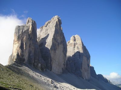 The magnificient mountains and crags