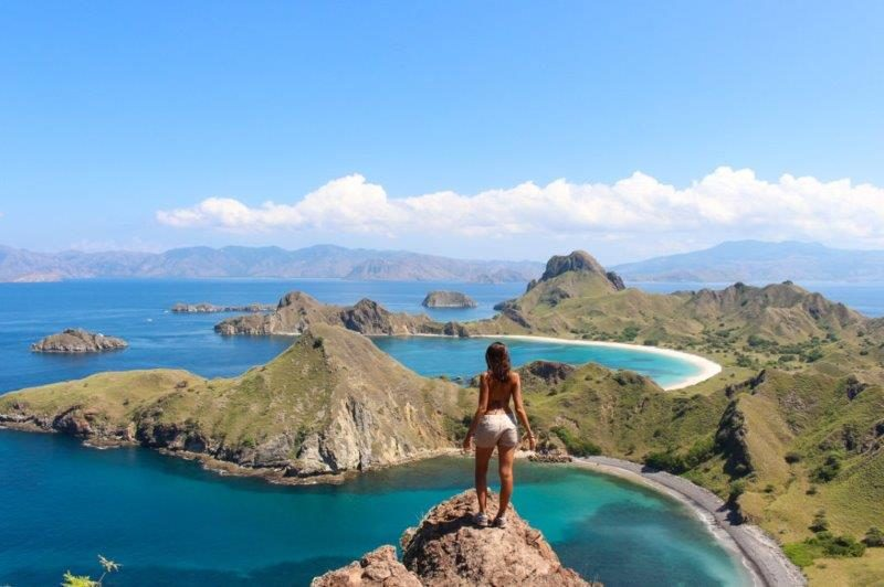 Hike Padar Island Indonesia Komodor Island viewpoint from the top