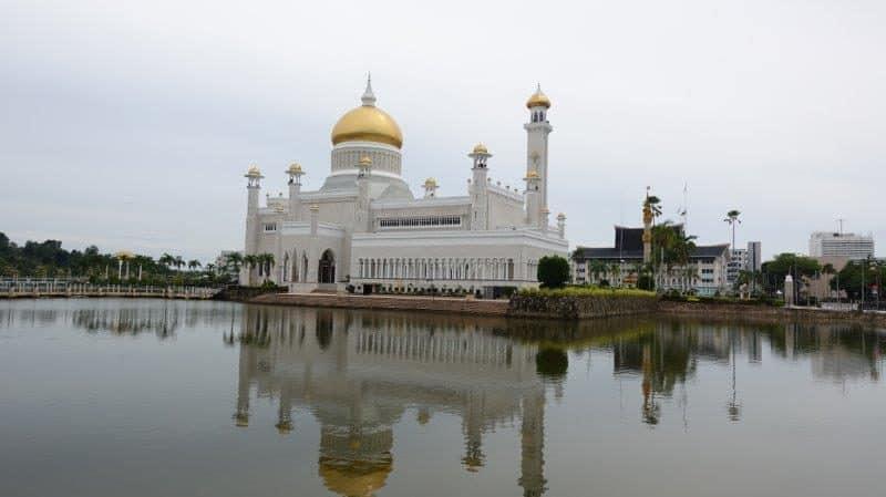 Best sights in Brunei - Attractions and Diving in Brunei