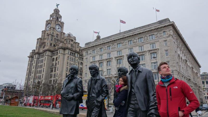 Posing with The Beatles statue in Liverpool | Road Trip in UK