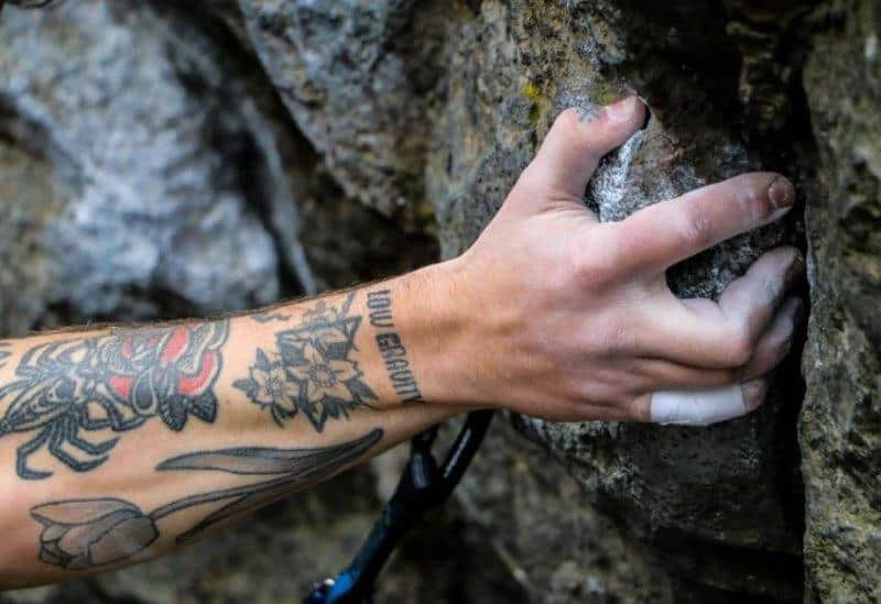 Choosing the best rock climbing holds for your home climbing gym