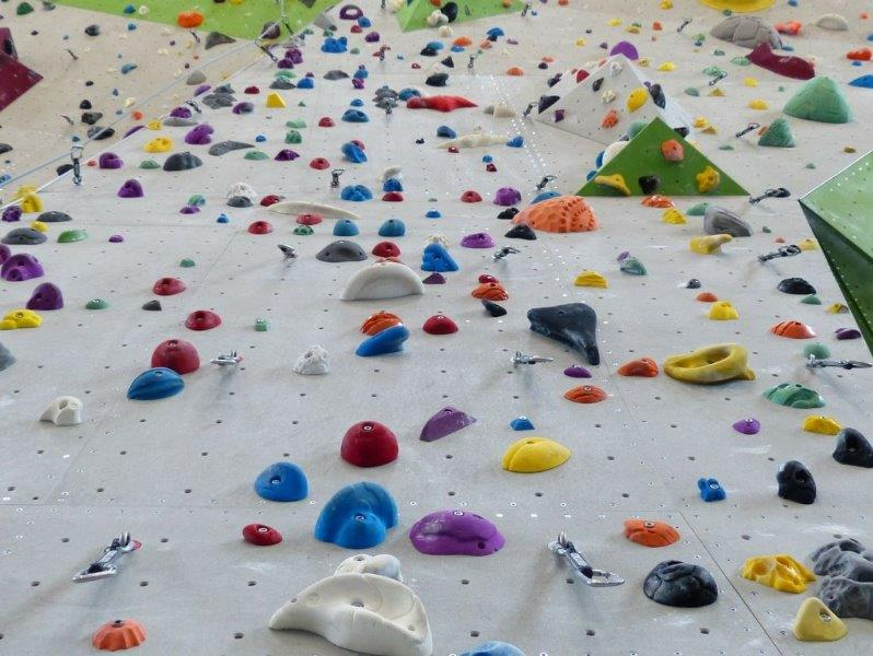 Climbing Wall Kit for Children's rock climbing wall - colourful holds