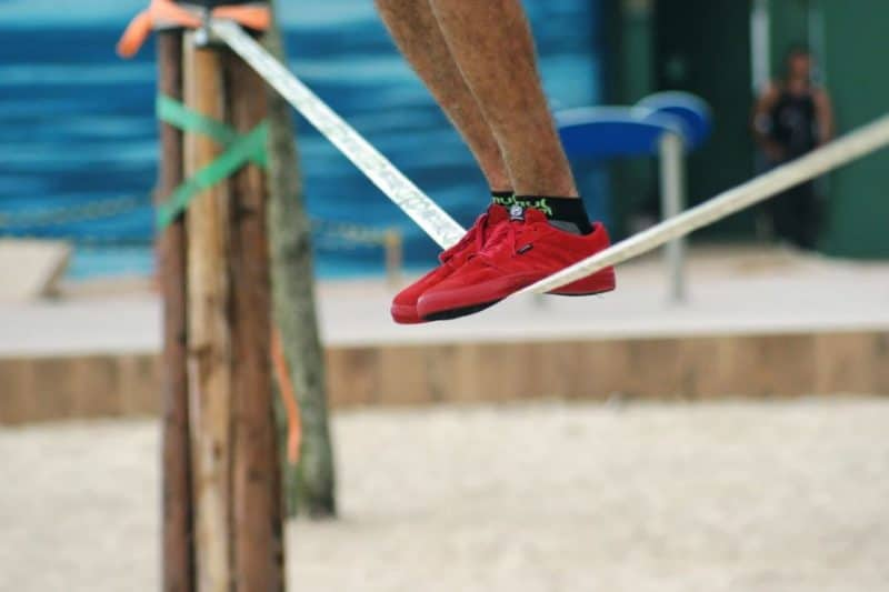 7 Best Slacklines in 2020 for Home Use