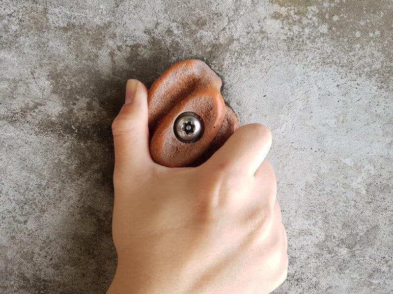 Pinch Grip Right Hand 3