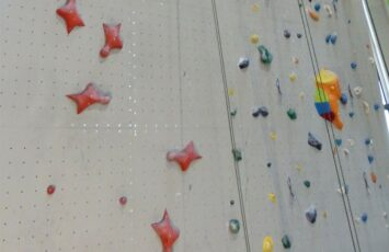 Speed climbing guide and competitions